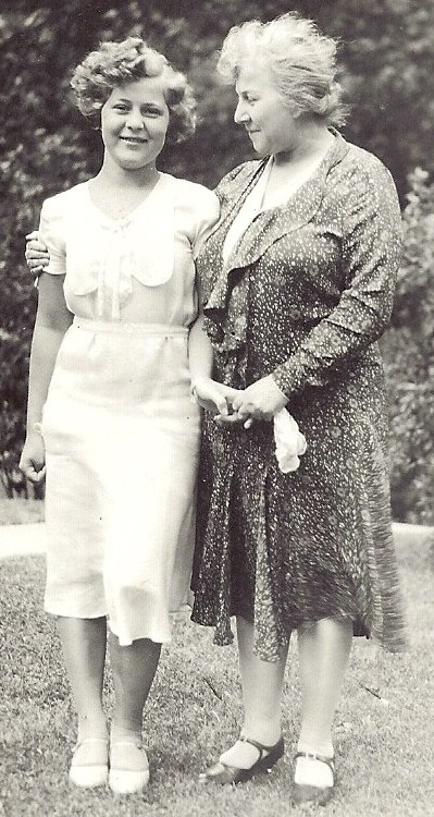 Lyda Bruce Marshall & Mary Jane Marshall